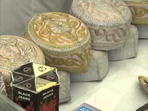 Muslims in Jammu and Kashmir flock markets during Ramadan