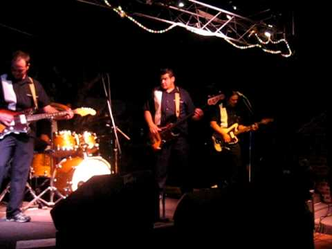 The Pyronauts - Walk, Don't Run (The Ventures)
