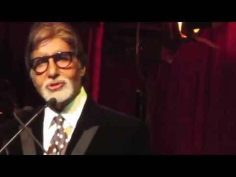 Amitabh Bachchan reciting Kabhi Kabhie dialog  IFFM Awards Night...