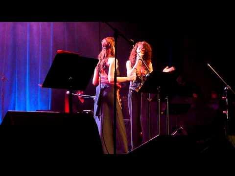 María Berasarte y Carmen París ''La Fiesta'' - San Sebastián (10/03/2011)