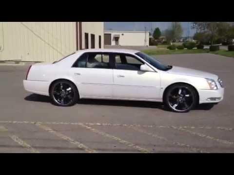 22 inch Velocity VW825 wheels 2006 Cadillac DTS - YouTube