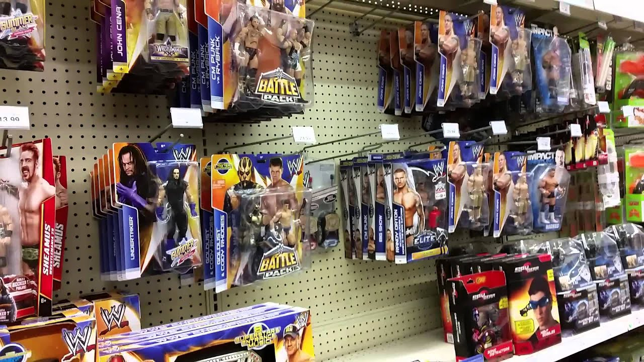 WWE TOY HUNT TOYS R US YouTube