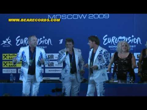 "ESC 2009 Toppers sing  a Big Band version of ""shine"" at the pressconference in Moscow"