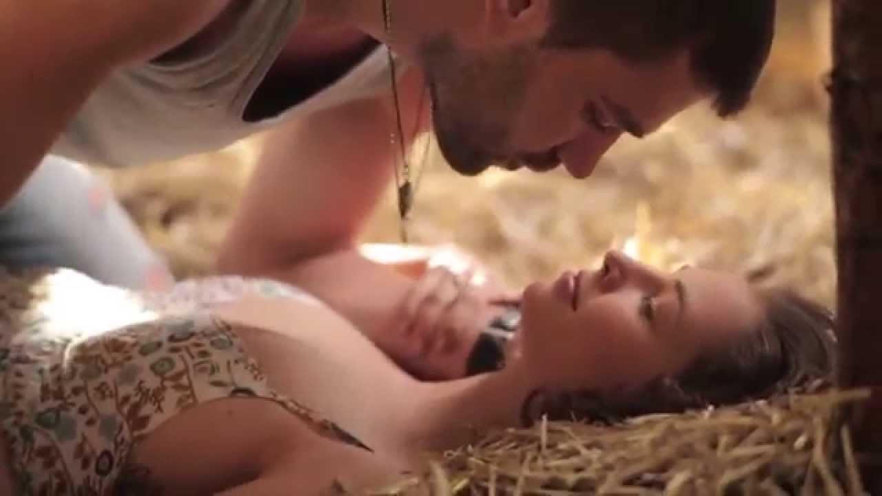 Секс мужской видео на природе его