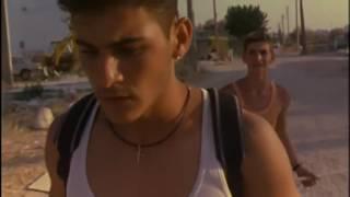 Apo tin akri tis polis (1998)