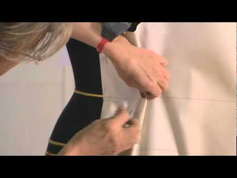 Haute couture moulage draping at christian dior youtube for Haute couture seamstress