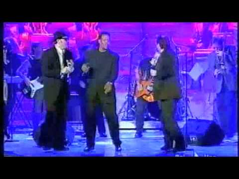 Andrea Mingardi & The Blues Brothers Band – E' la musica – Sanremo 2004.m4v