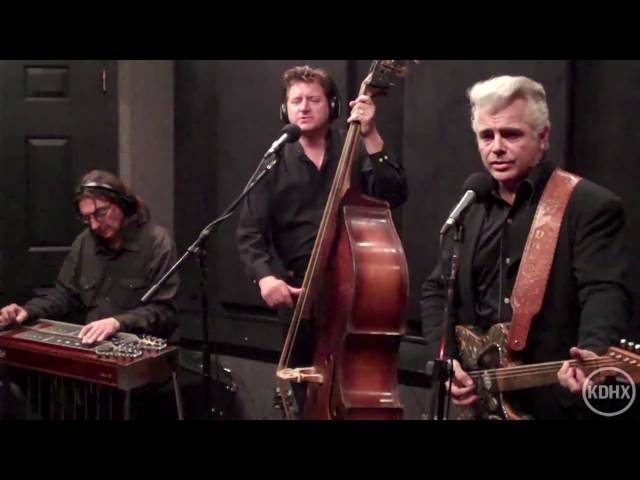 "Dale Watson ""Carryin' On This Way"" Live at KDHX 1/23/2011 (HD)"