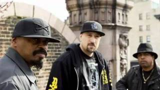 Watch Cypress Hill Loco En El Coco video