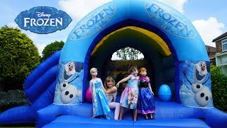 Frozen Elsa and Anna Life Size Dolls Playing Outside | Giant Inflatable Frozen Bouncy House