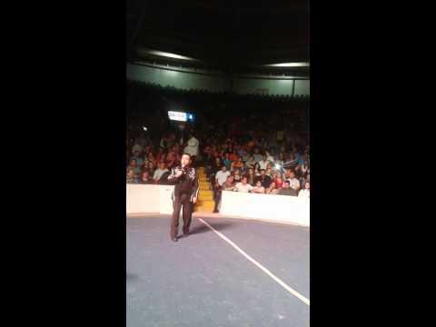 Victor Mendez El Atrevido COMEDIANTE En Promocasa feb. 2015 chistes part.2