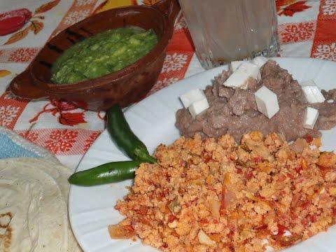 Almuerzos Mexicanos Huevo Chino Comiendo Rico Y Facil