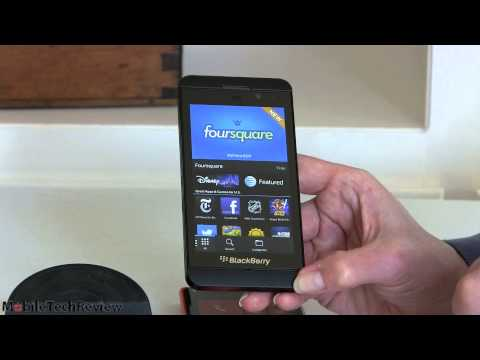 BlackBerry Z10 vs Nokia Lumia 920 Comparison Smackdown