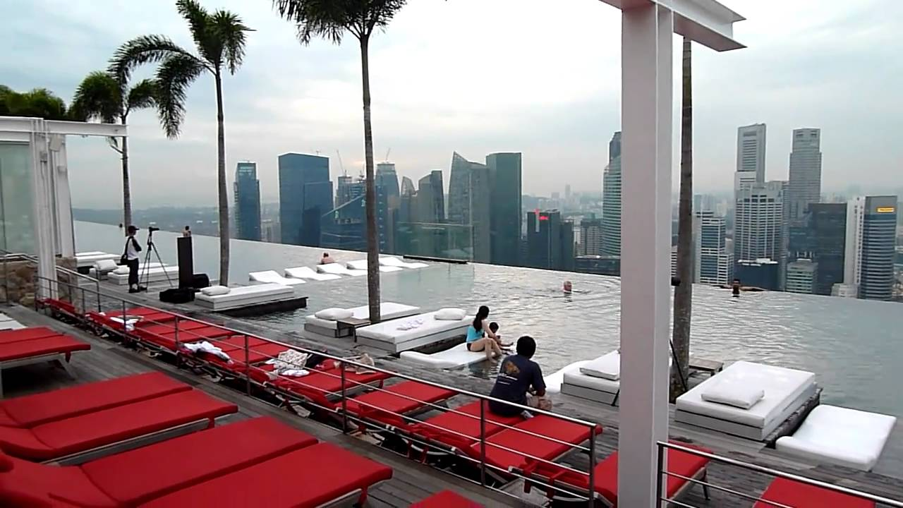 Singapore Sky Garden Roof Top Swimming Pool Youtube