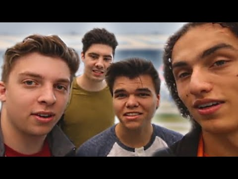 FOUR IDIOTS IN TEXAS!? (Vlog)