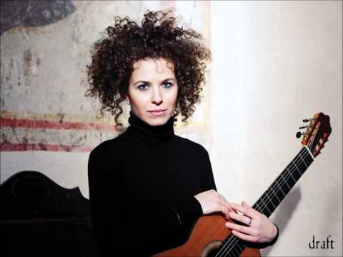 Elena Zucchini, guitar_ Grande Overture (Mauro Giuliani).wmv