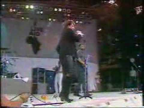 U2 BAD Live Aid 1985 Video