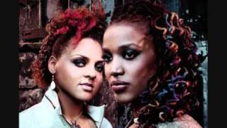 Watch Floetry Lay Down video