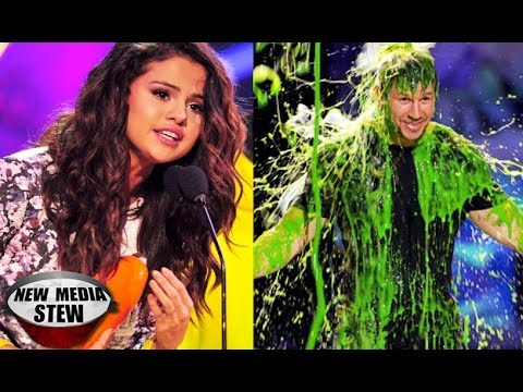 KIDS CHOICE AWARDS 2014 Best Moments: Selena Gomez Speech, Mark Wahlberg Slimed