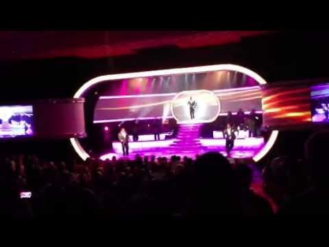 (Intro) Beautiful Women & Muzak - Boyz II Men (Mirage Las Vegas 2013)
