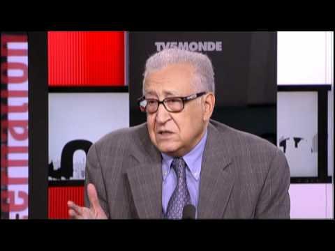 Lakhdar Brahimi: l'intervention étrangère en Libye