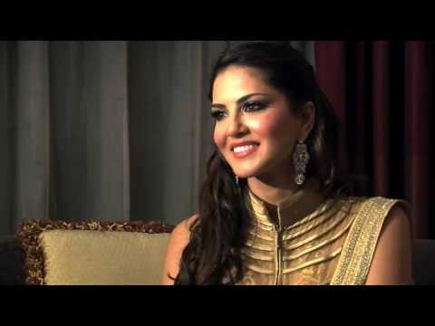 Sunny Leone visits Dubai for the first time
