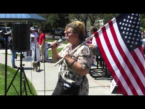 Legal Immigrant explains why she supports Trump for President, Temecula Rally, 3-26-16