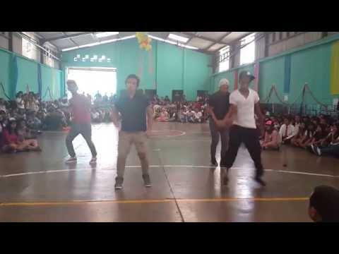 Baile de mario en Colegio Nuestra Patria Guatemala