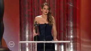"Jennifer Lawrence wins ""Outstanding Female Actor in a Leading Role"" @ SAG Awards 2013"
