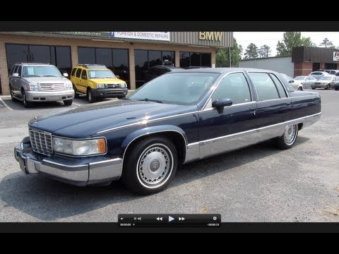 1994 Cadillac Fleetwood Brougham Start Up. Exhaust. and In Depth Review