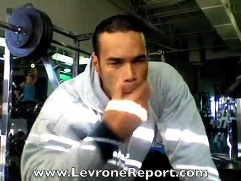 LevroneReport.com • 500lb Squat Challenge •  Training with 440 lbs Image 1