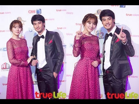 (Pink Carpet) Yoon Eun Hye ���, ยุ�อึ��ฮ & Boy Pakorn �อย ��ร�� Vision Ahead Magenta Night Party