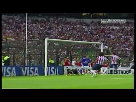Chivas Vs Universidad De Chile - gol de Omar Arellano.