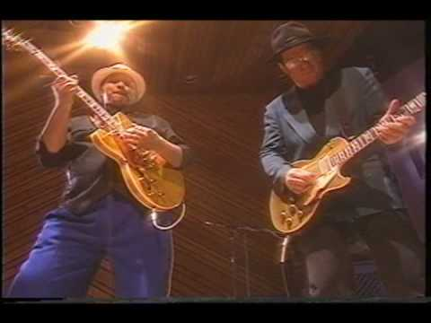 Al McKay and Bruce Conte guitar duo