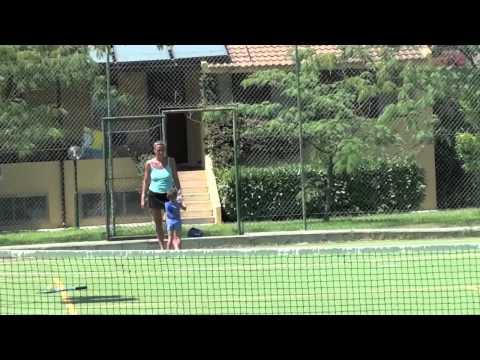 Partita di tennis BAMBINI DIVERTENTI VLOG