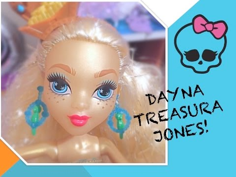 MONSTER HIGH DAYNA TREASURA JONES DOLL REVIEW