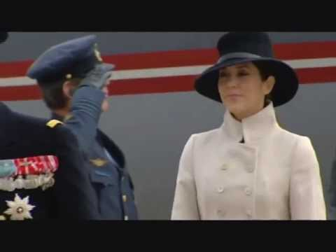 Crown Princess Mary of Denmark - Honey, Honey