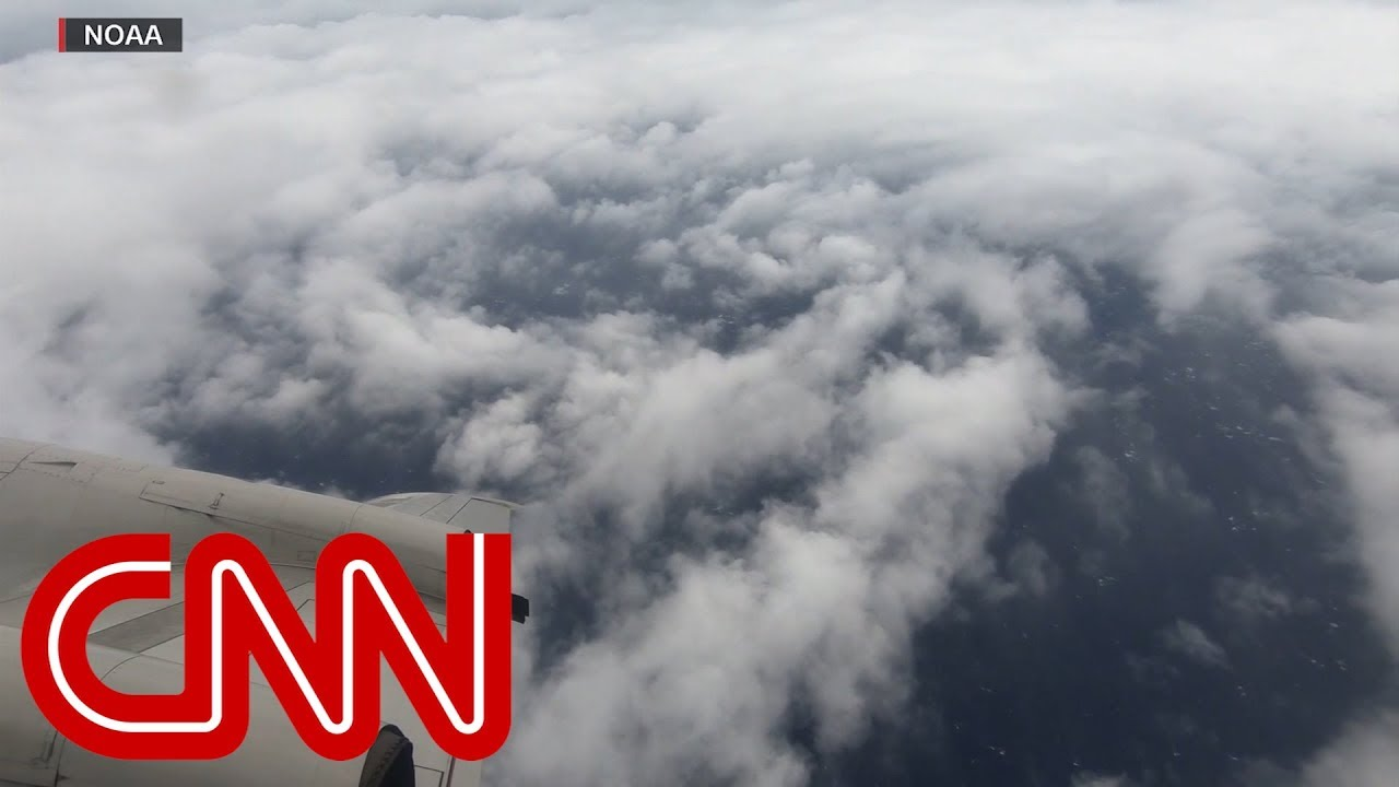 Hurricane hunter flies over Category 4 storm Florence
