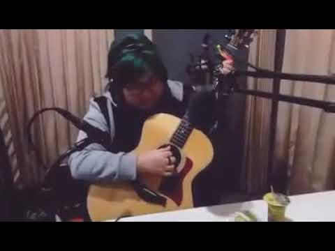Download Yuka Tamada - Senja Yang Baru akustik perform at Radio M FM Batang Mp4 baru