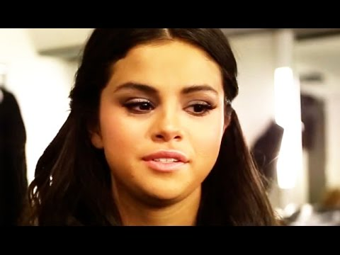 Selena Gomez Reveals How She Makes Herself Cry Onstage