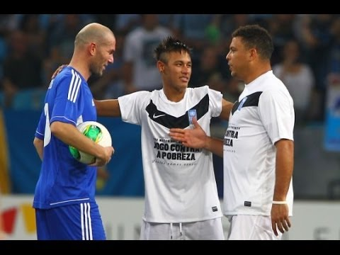 Ronaldo All Touches vs Zidane Friends 19/12/2012