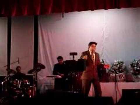 Yeh Zamin Ga Rahi Hai - Amit Kumar LIVE - Part 1