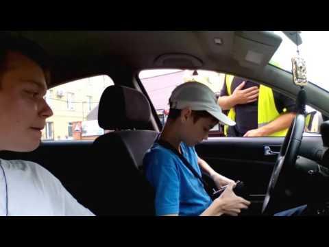 Полиция остановила школьника за рулем! ШОК!!!!