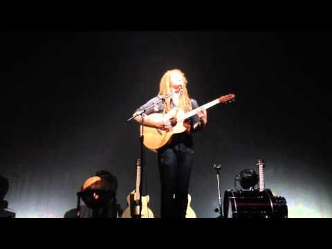 Newton Faulkner - He Was A Professional