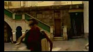 Клип Darude - Sandstorm