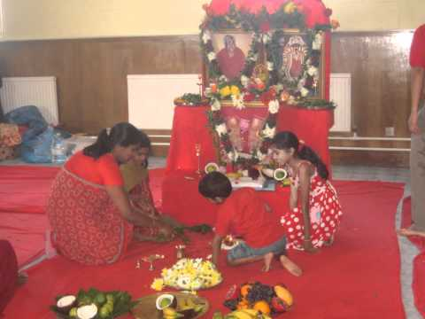 Arulmigu Adhiparasakthi Melmaruvathur, Harrow Mandram Uk- Monthly Pooja 10 07 2011 video