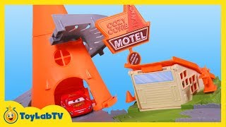 Disney Cars Cozy Cone Spiral Rampway Story Set Playset Toy Review with Lightning McQueen & Mack