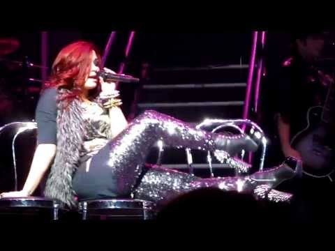 Demi Lovato- Who's that boy Puerto Rico 12.16.2011