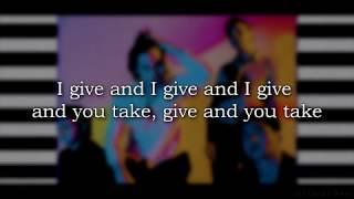 Download Lagu 5 Seconds of Summer - Youngblood (Lyrics) (Studio Version) Gratis STAFABAND