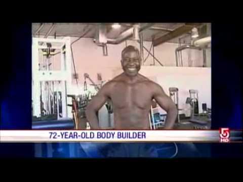 72 года, а он  занимается спортом каждый день